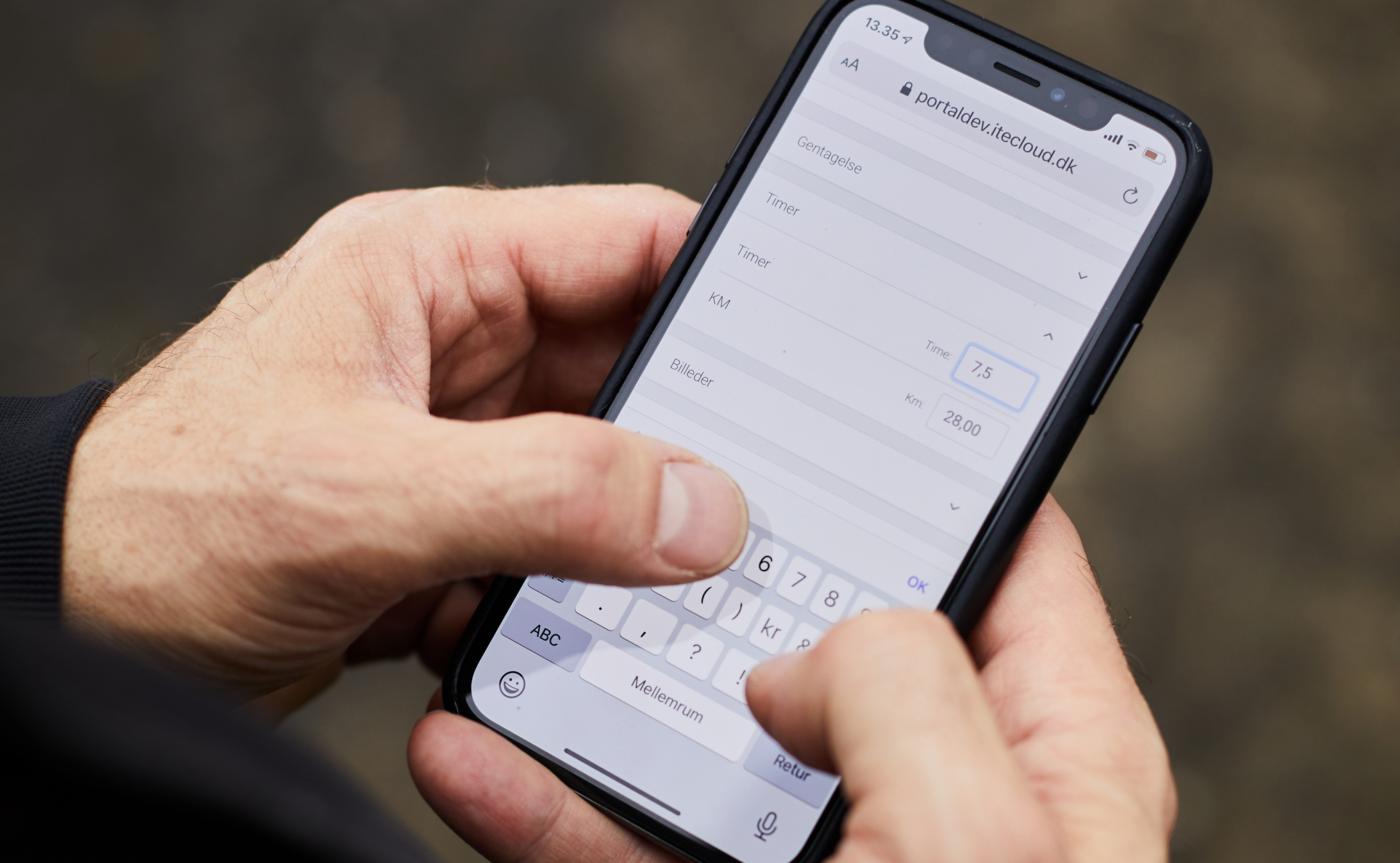 mobil timeregistrering håndværker